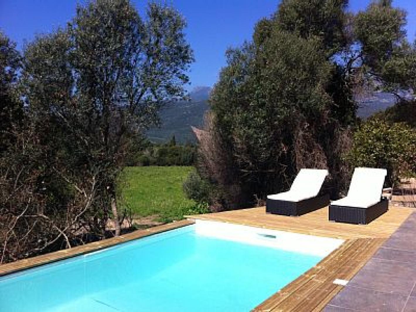Villa de standing avec piscine proche porto vecchio figari - Location maison piscine porto vecchio ...