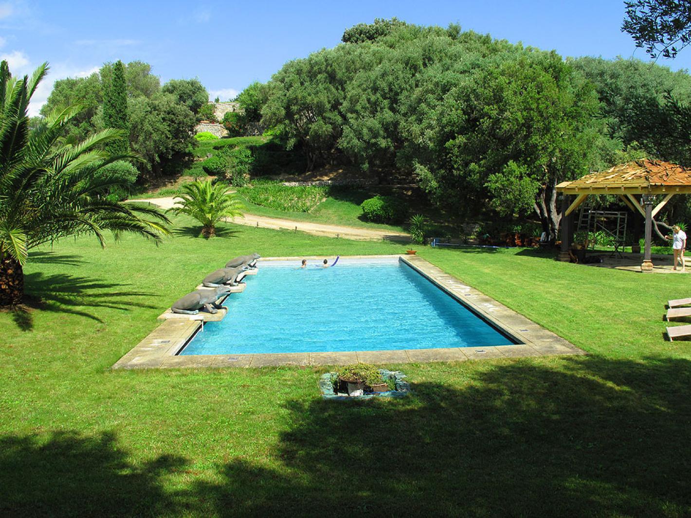 Bergerie corse dans magnifique parc avec piscine saint florent for Piscine saint florent