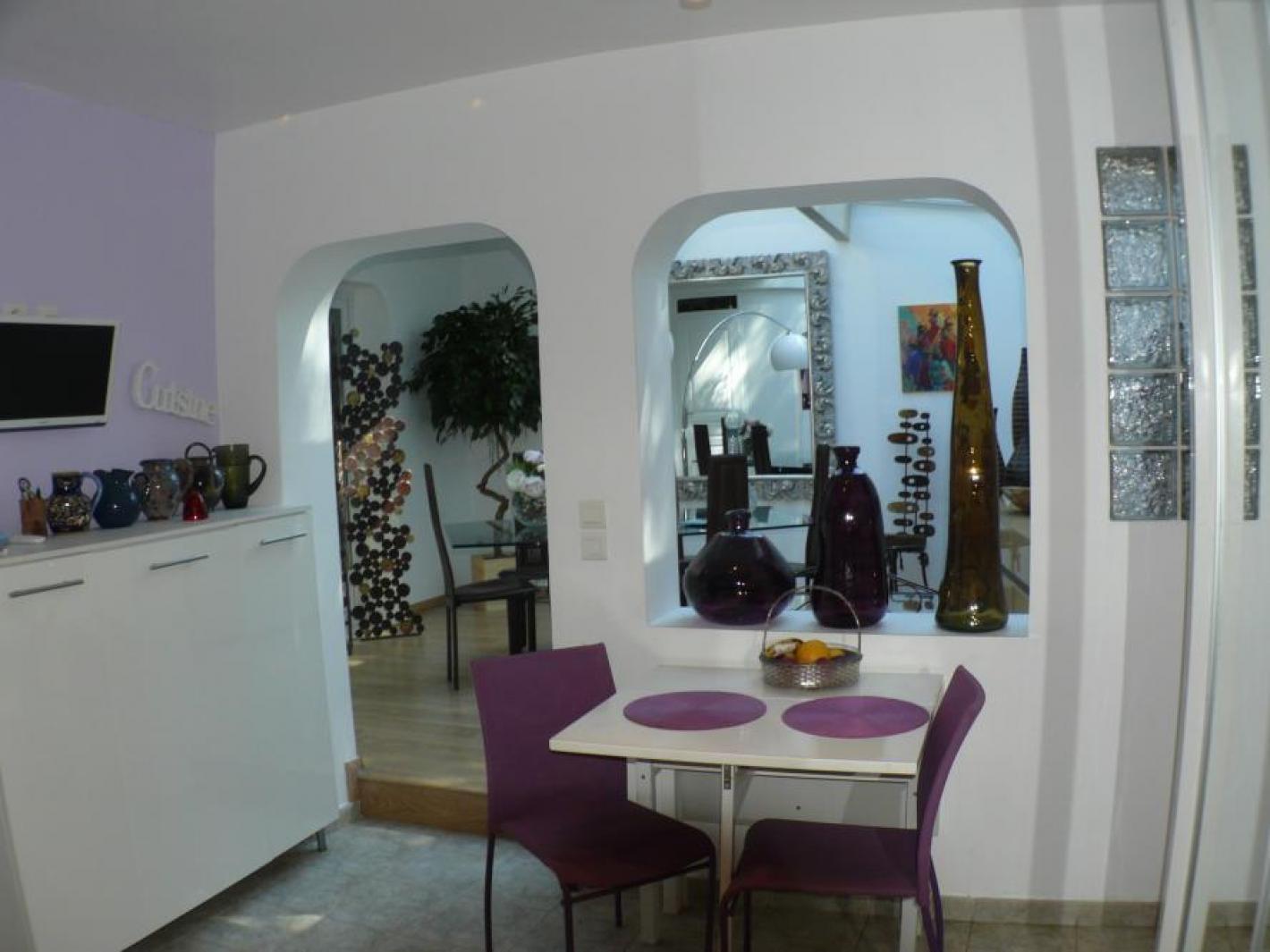 Villa pieds dans l 39 eau isolella rupione ajaccio for Ajaccio location maison