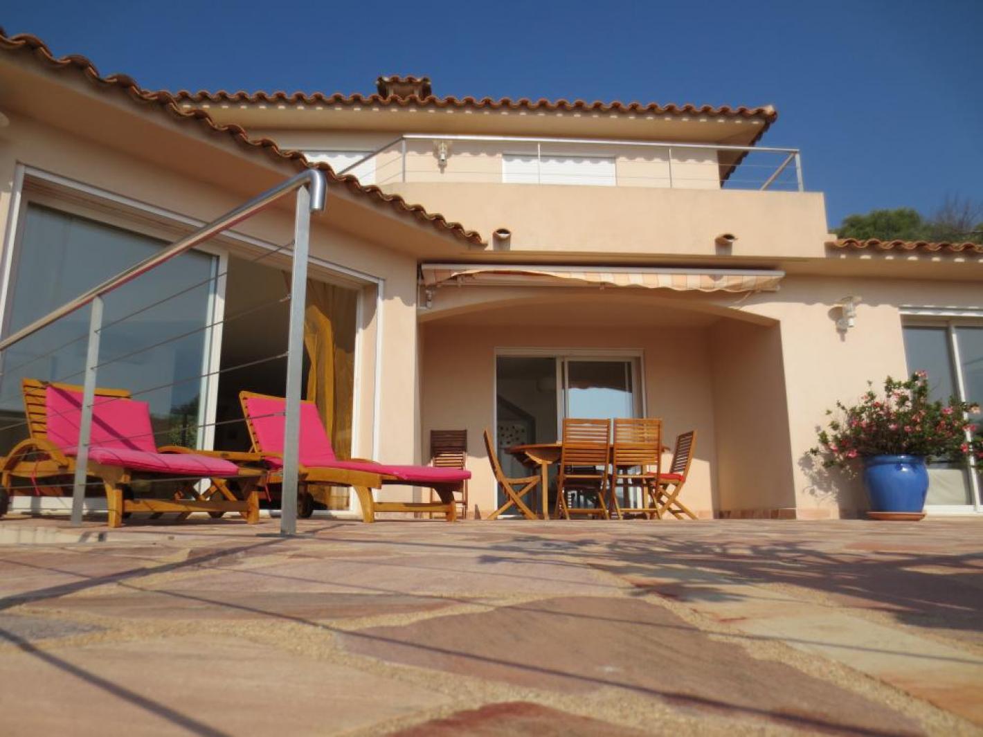 Belle villa situation exceptionnelle piscine chauff e - Location maison piscine porto vecchio ...