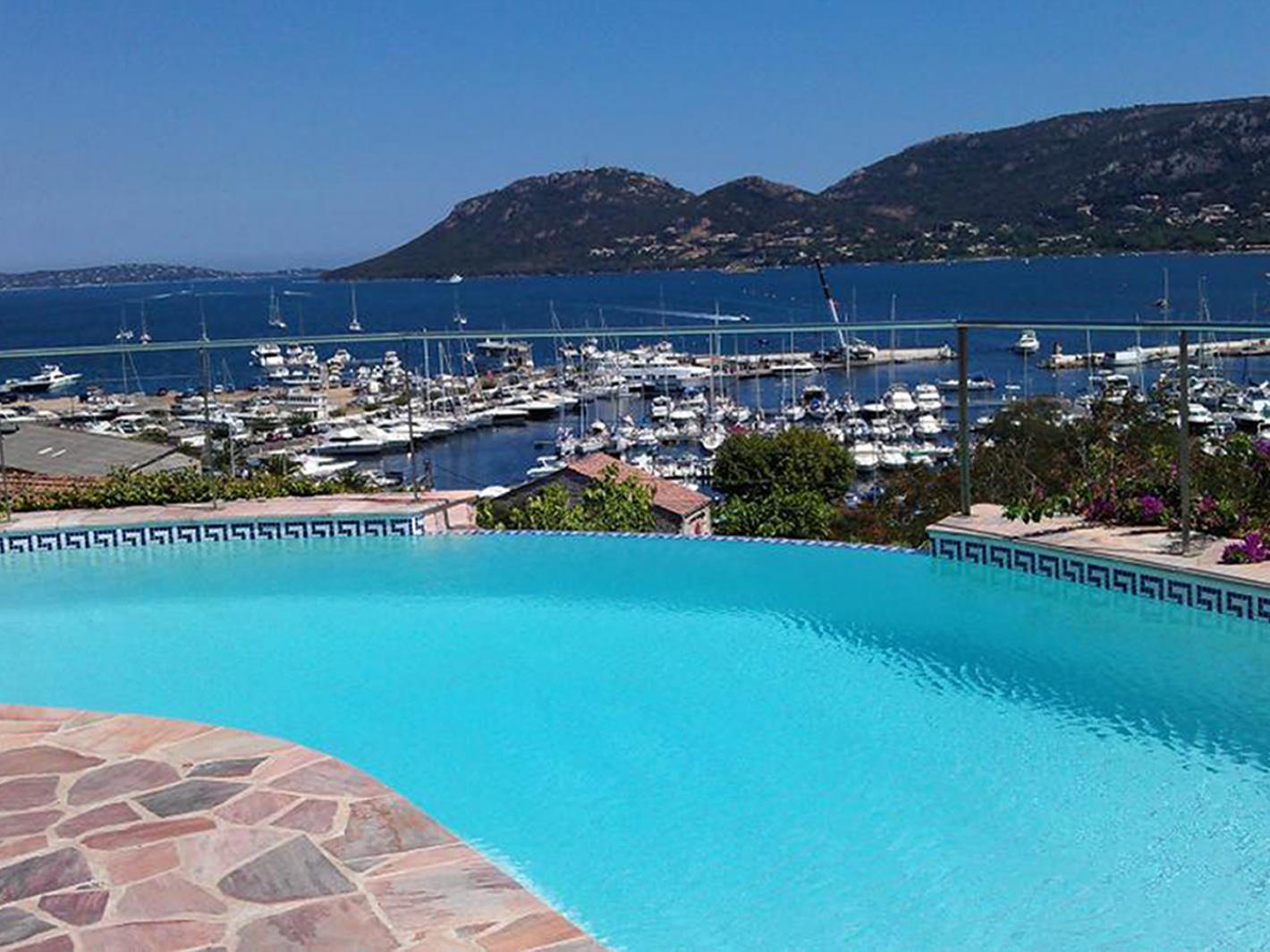 Belle villa situation exceptionnelle piscine chauff e for Piscine porto vecchio